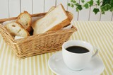 bread%26coffee.jpg
